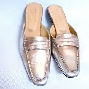 Donald J. Pliner 8.5 Mules MOSTO NEW leather gold